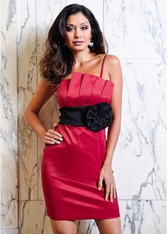 Платье красное бонприкс