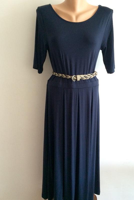 Короткие юбки и платья с доставкой