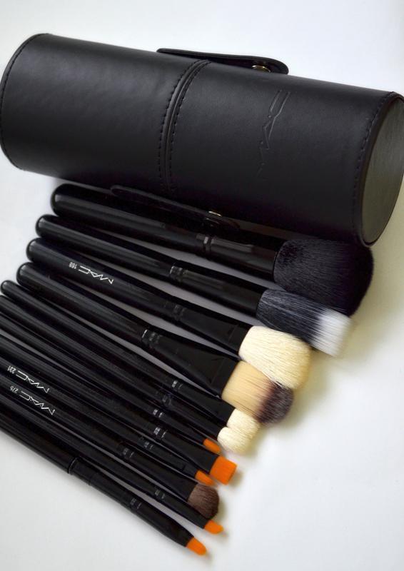 Mac набор из 6 кистей для макияжа