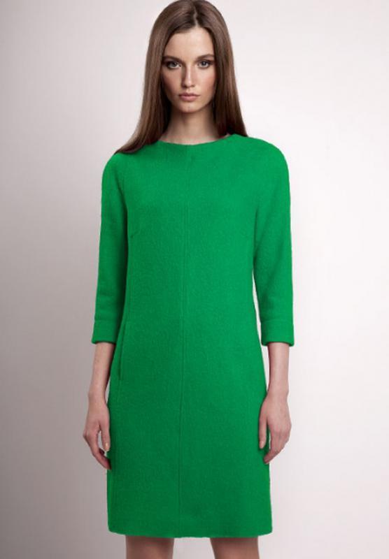 Платья прямого покроя до колена