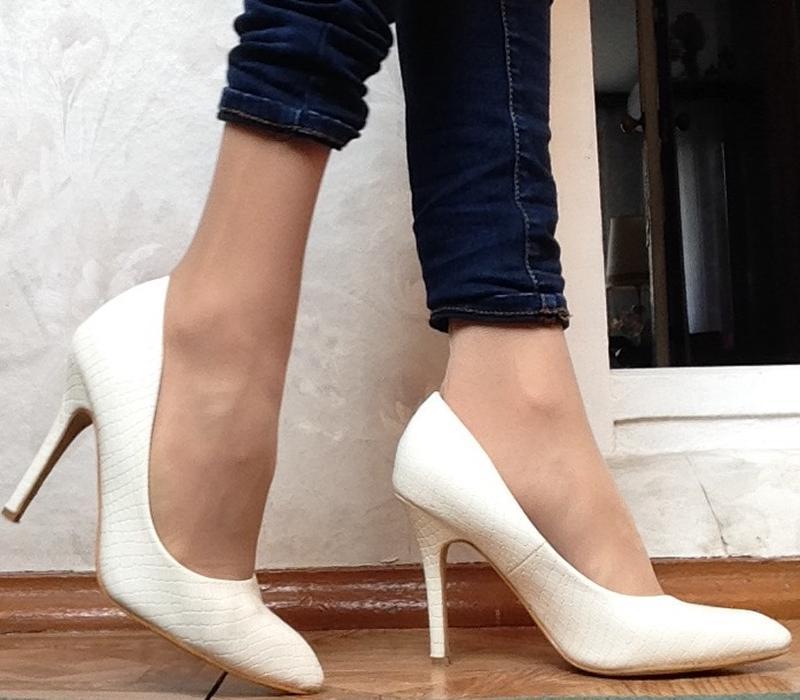 Туфли лодочки белые лакированные, цена - 300 грн, #5165599, купить по доступной цене Украина - Шафа