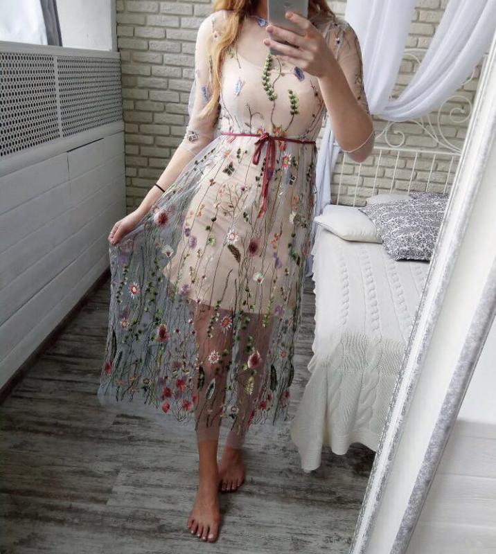 Платье с вышивкой на сетке 97