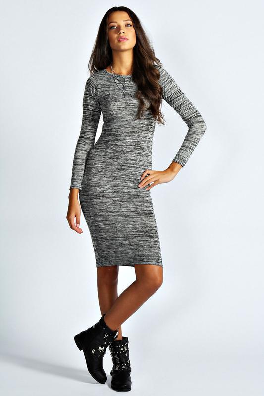 Вязаное платье в обтяжку