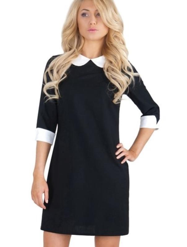 Платья черное с воротником