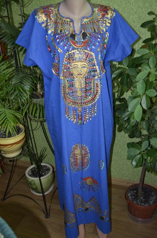 Туника с вышивкой в египетском стиле
