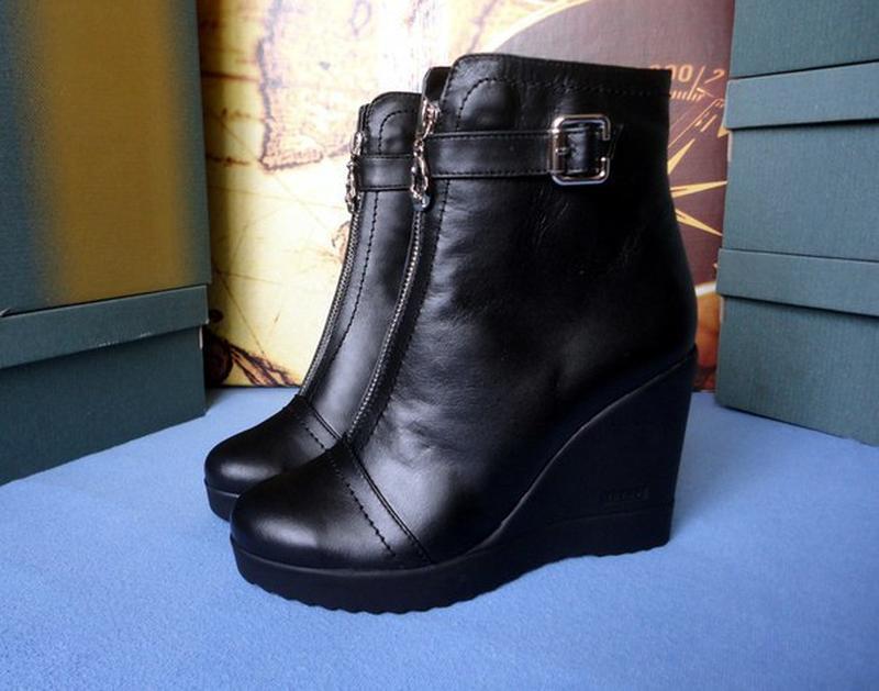 5a3c5ed3 Черные кожаные женские ботинки на танкетке на платформе 36,37,381 фото ...