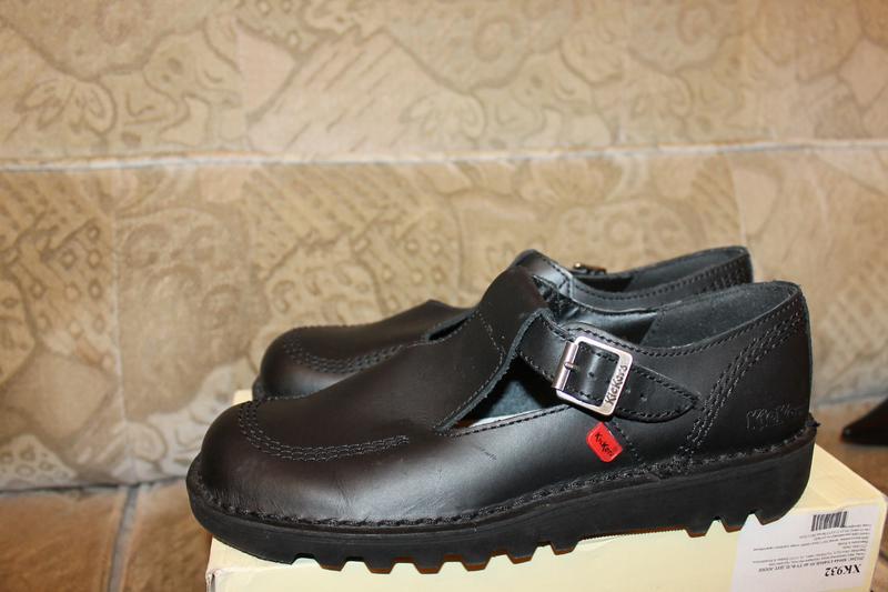 Туфлі- босоніжки kickers Kickers acc3bed154298