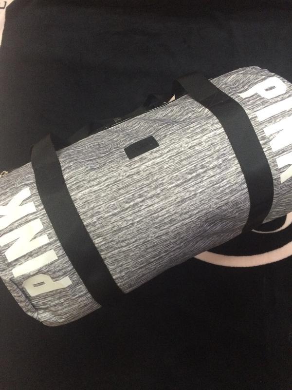 968706ce9c23 Красивая,удобная,вместительная спортивная сумка pink victoria's secret1  фото ...