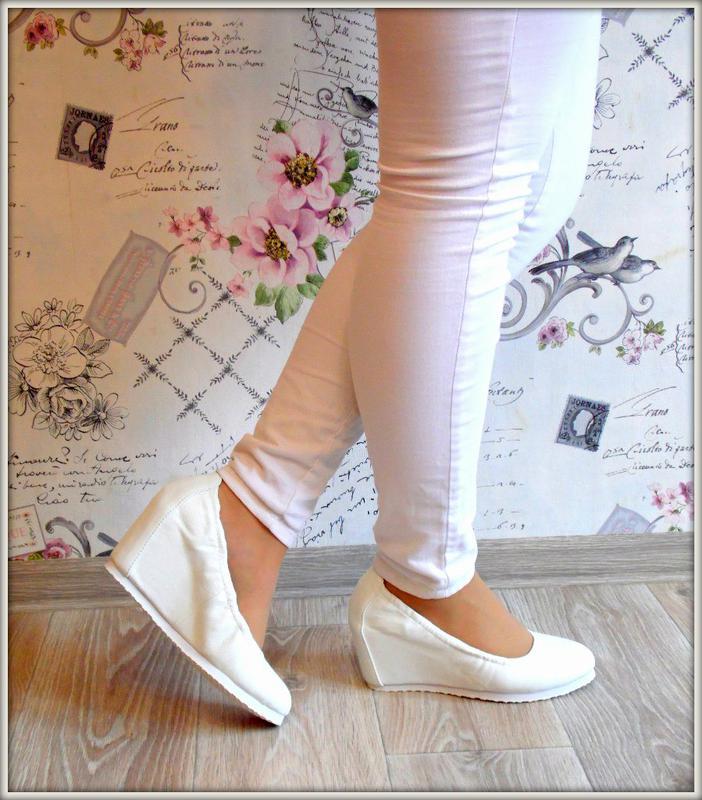 a77dc1147 Белые туфли на танкетке женские балетки на танкетке 36-411 фото ...