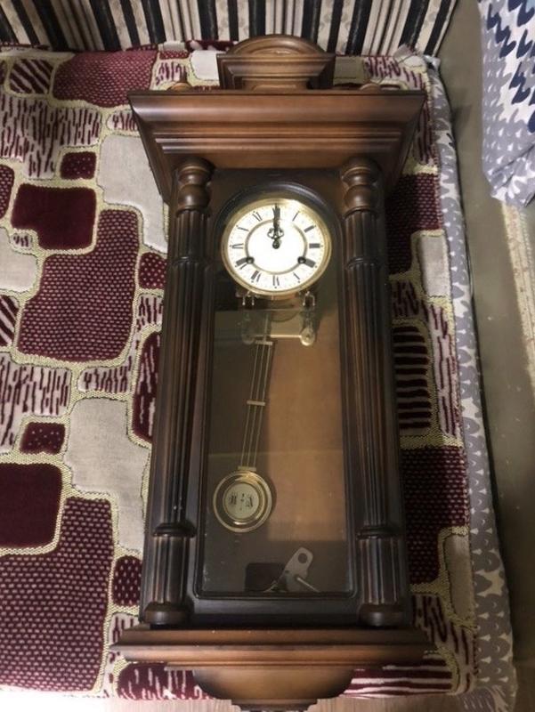 Часы продам украина старинные череповец ломбард часы работы