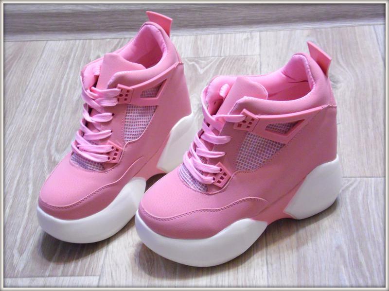 6609e235 Яркие женские кроссовки на высокой платформе новая коллекция 2017 розовые  пудра 35-391 фото ...