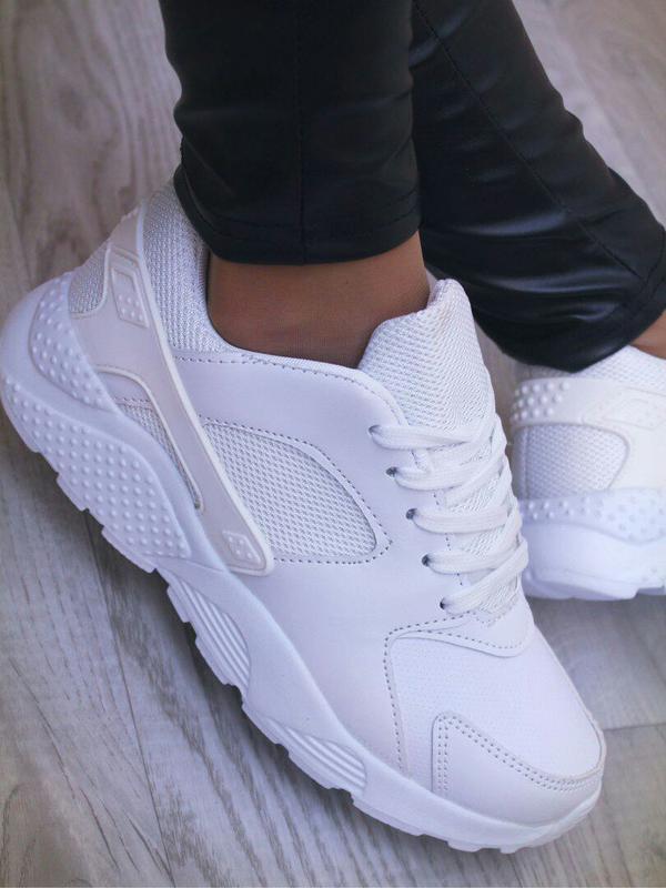 3d14ef75e Женские белые кроссовки р. 36-41 маломерят, цена - 355 грн, #4147458 ...