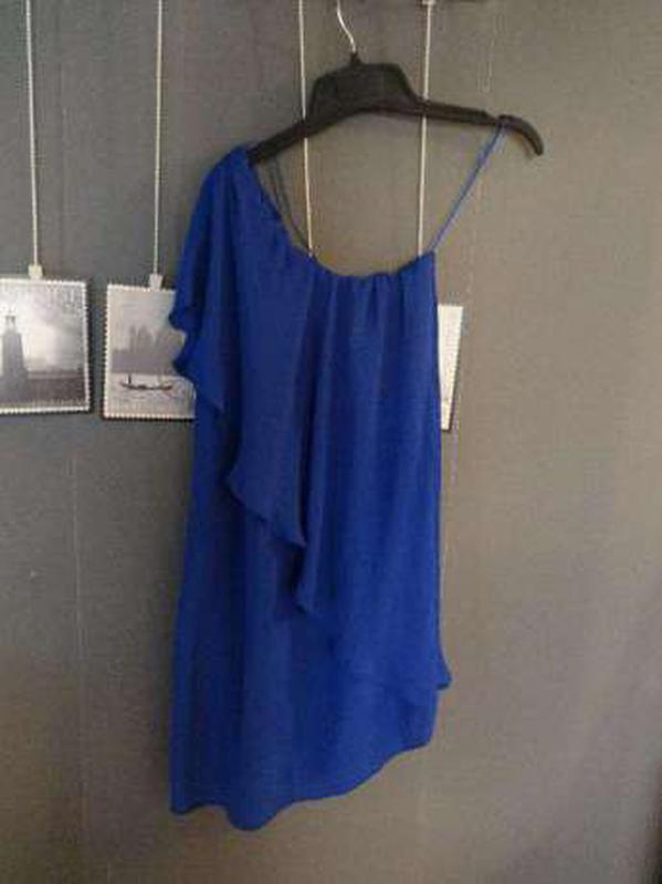 Зара платье на одно плечо