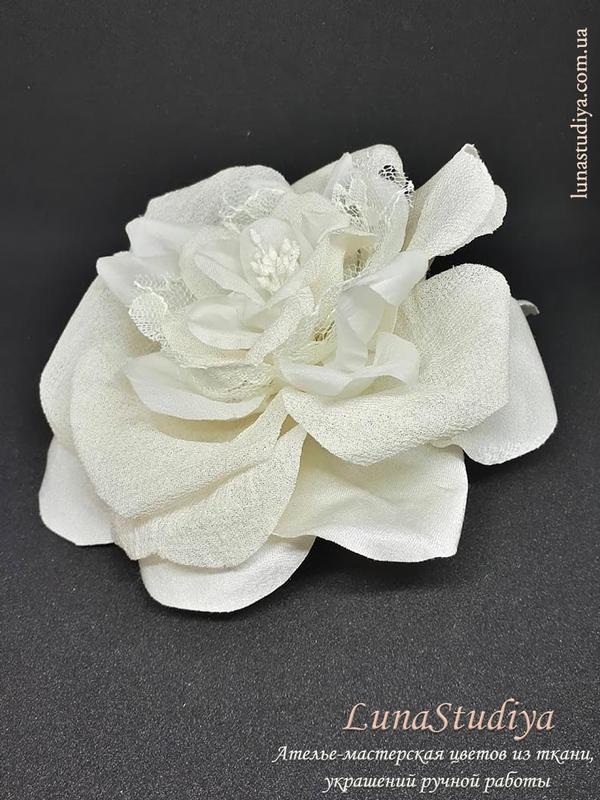 Большие цветы из ткани купить ткань купить в интернет магазине рб