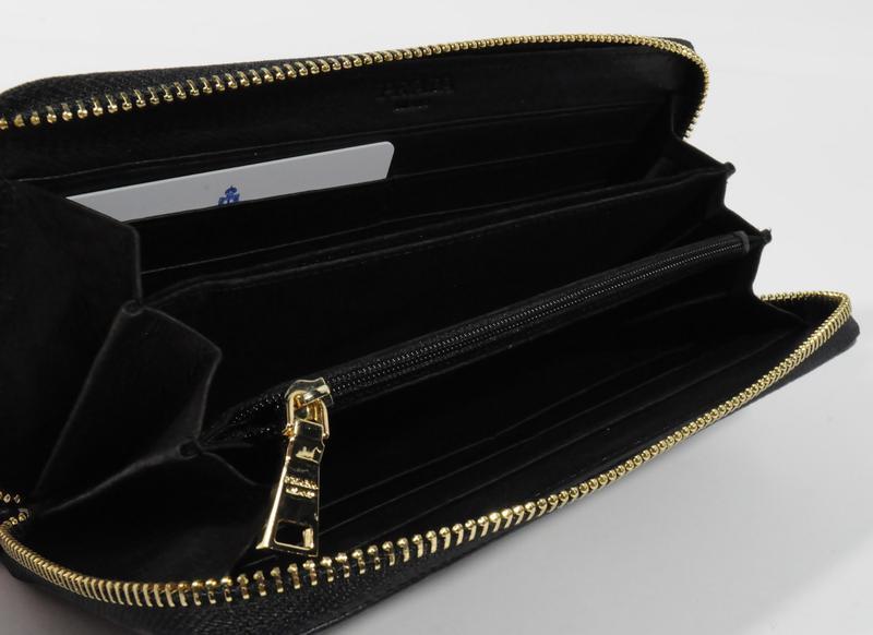 1c529993ce72 ... Кошелек женский кожаный на молнии prada 60019-a черный, расцветки3 фото  ...