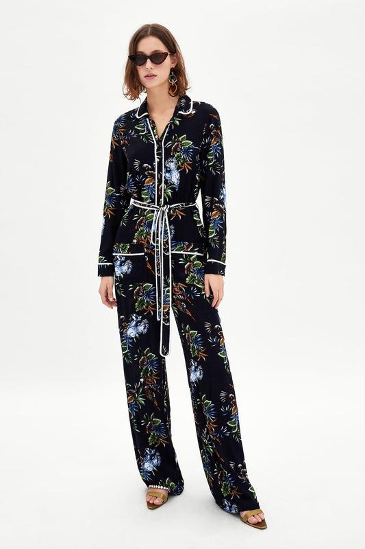 Стильный комбинезон zara в пижамном стиле ZARA, цена - 700 грн, #37473717, купить по доступной цене   Украина - Шафа