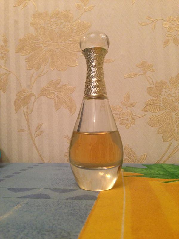 срочно продам духи Dior Jadore Lor Essence De Parfum оригинал