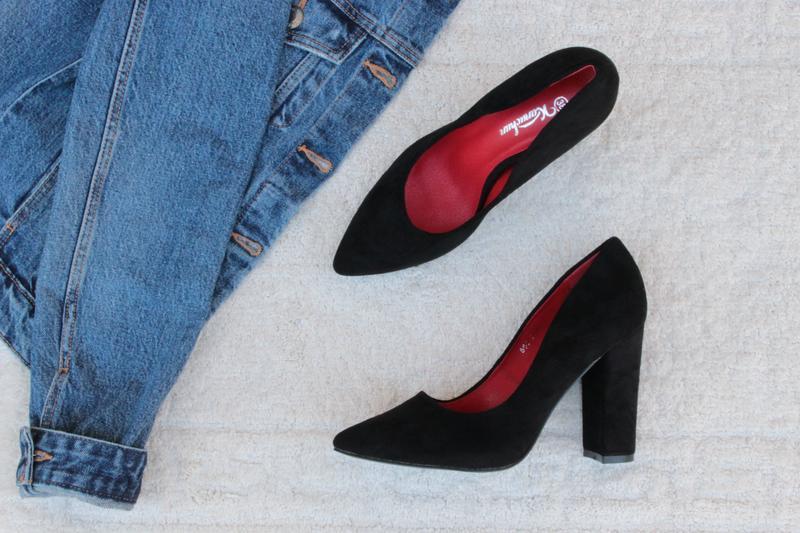 Черные туфли, лодочки 36, 37, 38, 39, 40 размера на устойчивом каблуке, цена - 560 грн, #38111701, купить по доступной цене | Украина - Шафа