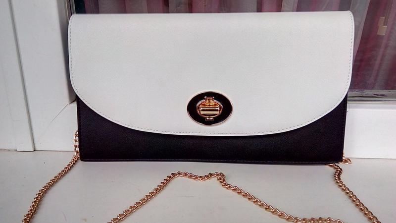 8279d8427e6e Стильный новый черно-белый клатч-конверт atmosphere Atmosphere, цена ...