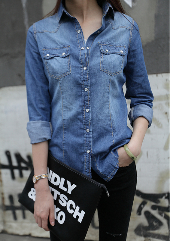 085d83ae58c824e Приталенная женская джинсовая рубашка Stradivarius, цена - 580 грн ...