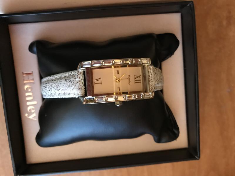 Henley стоимость часы женские золота из продам часы