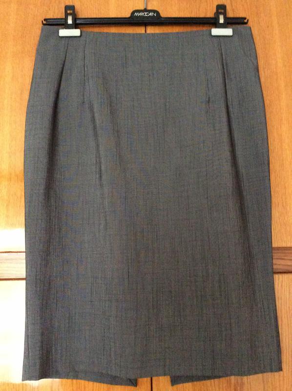 a211610cc6d Классическая фирменная юбка-карандаш (италия)1 ...