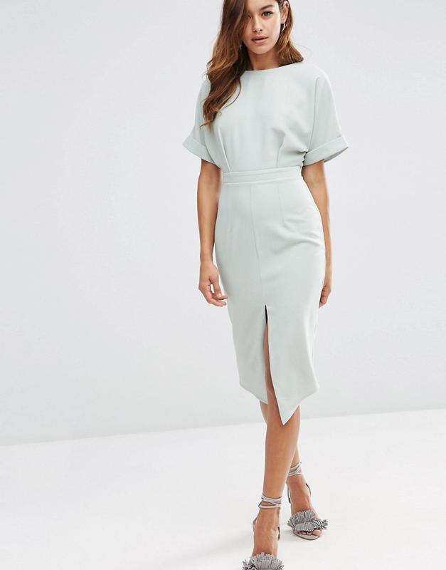 Платье с разрезом впереди фото