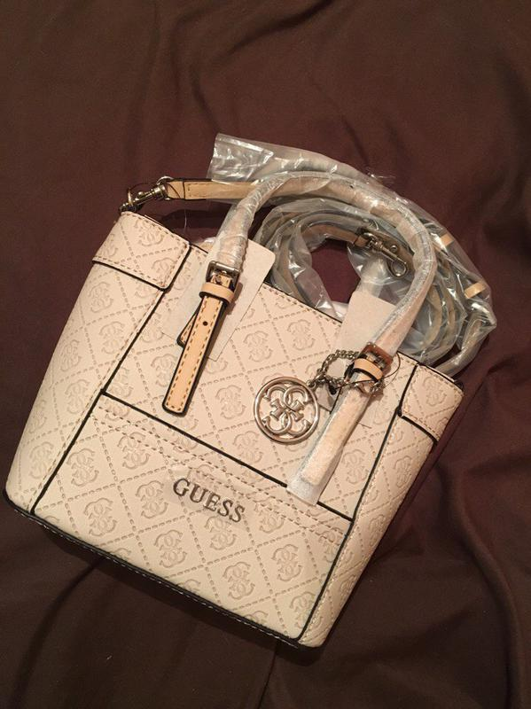 d7b8c42fc562 Сумка/сумочка guess delaney logo embossed mini tote. оригинал! новая!1 фото  ...