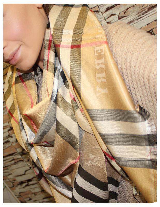 Роскошный бежевый   кофейный палантин платок шарф в клетку burberry  барбери1 ... f810f744de6