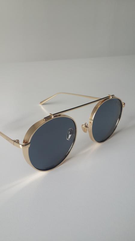 Сонячні окуляри1  Сонячні окуляри2 ... caf74b5c4c537