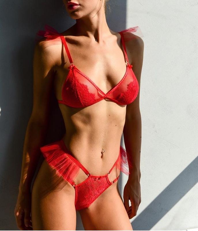 Сексуальное красное белье магазины дом техники екатеринбург