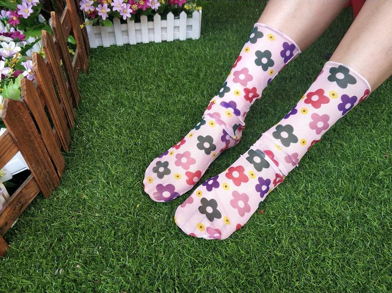 Разноцветные носочки в сеточку цветочки, цена - 68 грн, #41812421, купить по доступной цене | Украина - Шафа