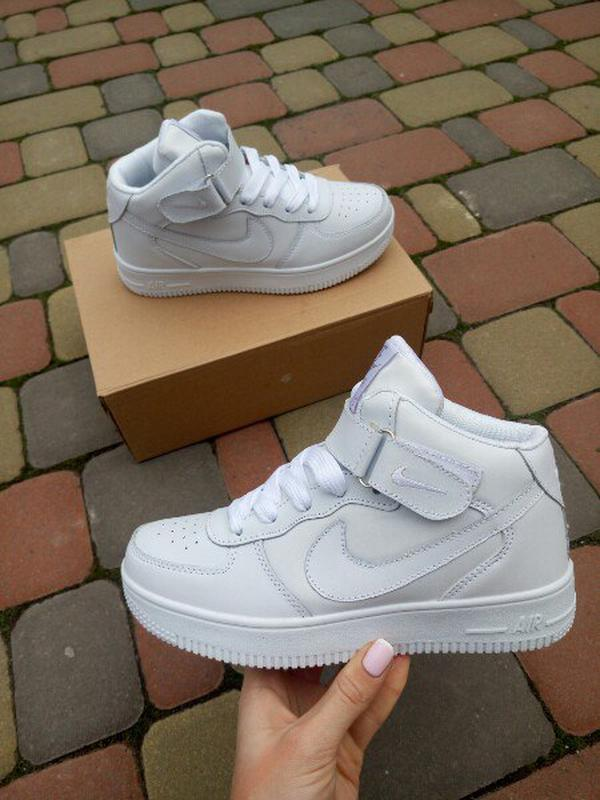 ae916499 Белые кожаные высокие кроссовки в стиле nike air force, цена - 450 ...