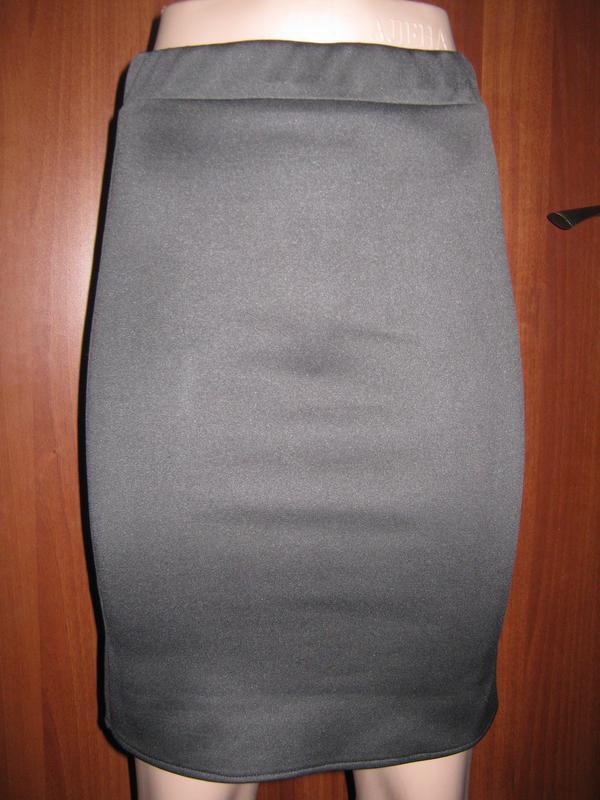 облегающие юбки на попки