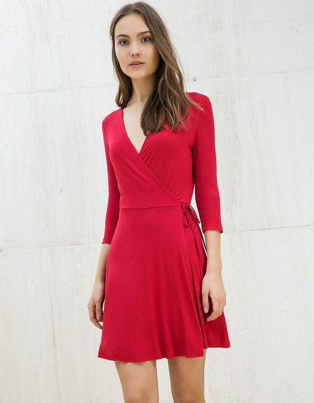 3c029d103d2 Короткое платье с запахом bershka1 фото ...