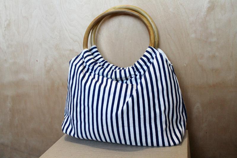 2b5cd720232b Полосатая сумка/ маленькая сумочка/ бамбуковые ручки / бамбук/ летняя  пляжная сумка1 фото ...