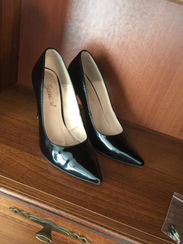 Якісні і шкіряні туфлі-лодочки з польщі за 800 грн.  5aff32f080647