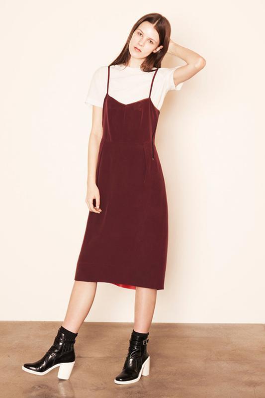 маникюр для выпускного красное платье