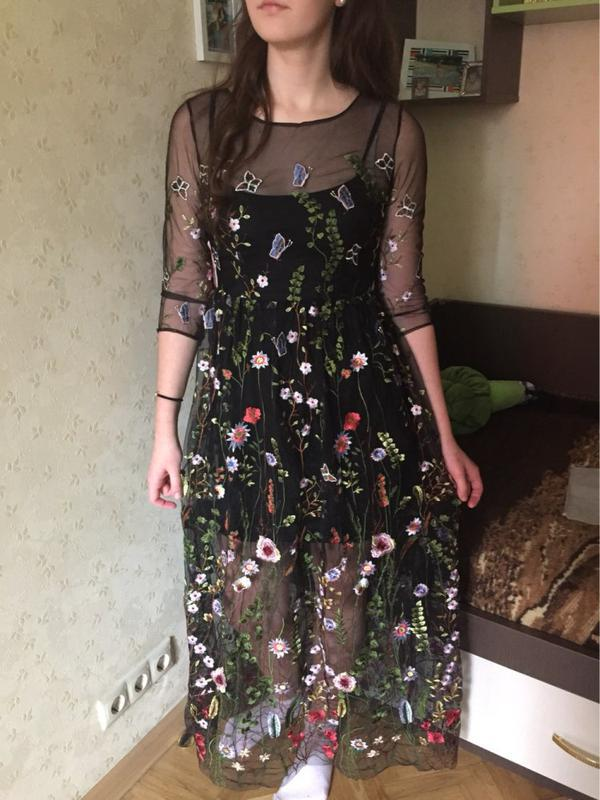Платье в цветочную вышивку ZARA 40bca23c605b3