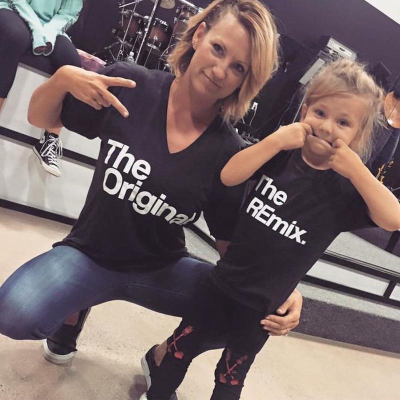 c71904f9e274 ◈ 2 парные футболки в стиле family look (мама + дочка / мама + сын ...
