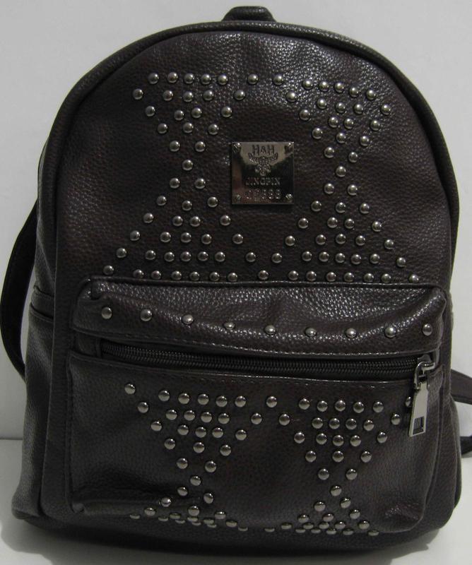 68183ba23a87 Стильный рюкзак с заклёпками (коричневый) 17-5-021, цена - 390 грн ...