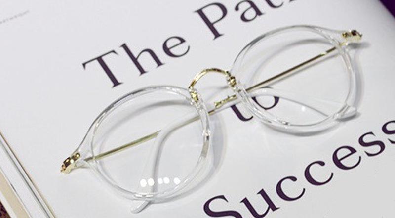 Cтильні прозорі окуляри1  Cтильні прозорі окуляри2 ... f37a816e319ee