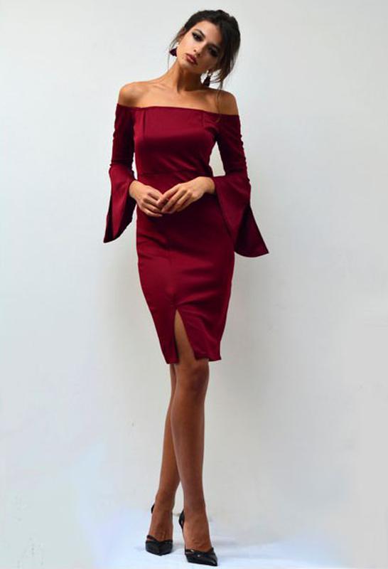 17354be9383 Элегантное платье с открытыми плечами и рукавами клеш цвета марсала1 фото  ...