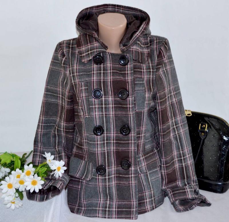 Брендовое демисезонное пальто полупальто с капюшоном и карманами в клетку e-vie акрил E-Vie, цена - 219 грн, #47894147, купить по доступной цене   Украина - Шафа