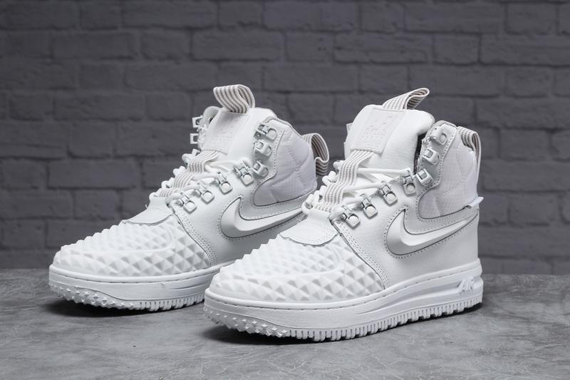 Ботинки зимние кроссовки 31465 nike air af1, белые Nike, цена - 1470 грн, #48084711, купить по доступной цене   Украина - Шафа