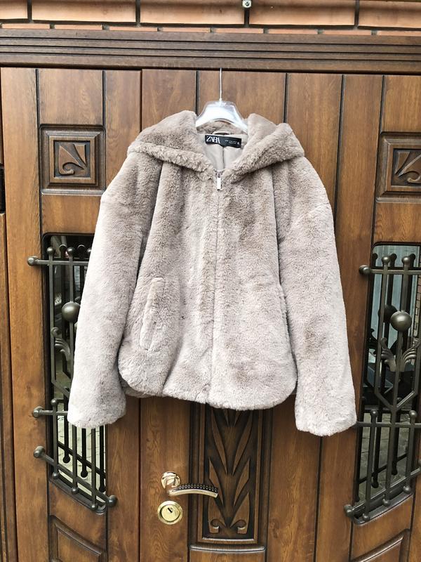 Куртка из искусственного меха zara с капюшоном новая ZARA, ціна - 1300 грн, #48462575, купить по доступной цене | Украина - Шафа