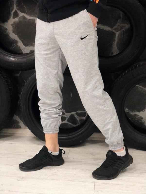 Спортивные штаны трикотаж светло- серые nike (найк) Nike, цена - 420 грн, #48561181, купить по доступной цене | Украина - Шафа