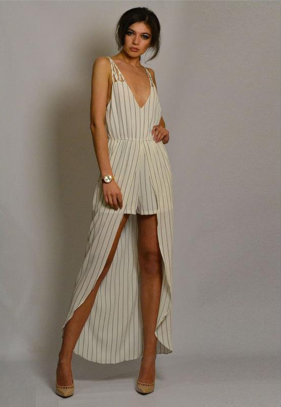 99b16a5b8399ac4 Шикарное белое в полоску платье-комбинезон со шлейфом и открытой спиной1  фото ...