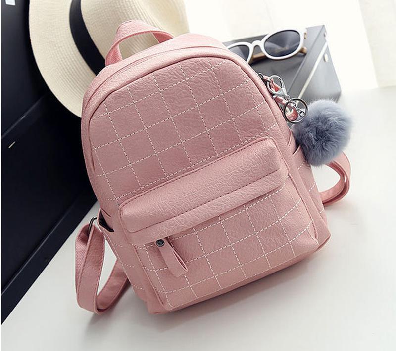 ea0d84aa00a2 Рюкзак женский кожаный молодежный стильный с помпоном розовый1 фото ...
