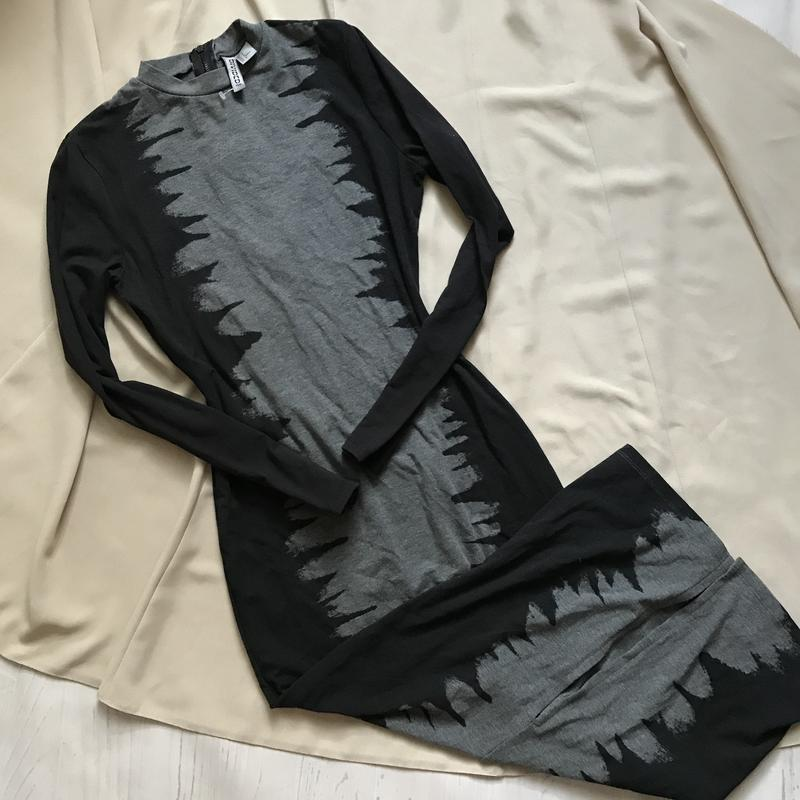 Платье-миди по фигуре(м) H&M, цена - 55 грн, #49162286, купить по доступной цене   Украина - Шафа